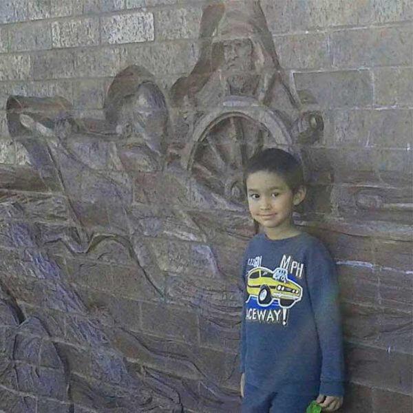 canal park sculpture wall duluth mn lakewalk