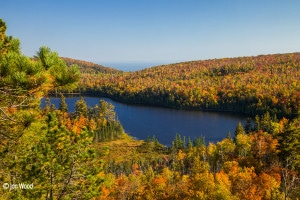fall colors tettegouche state park