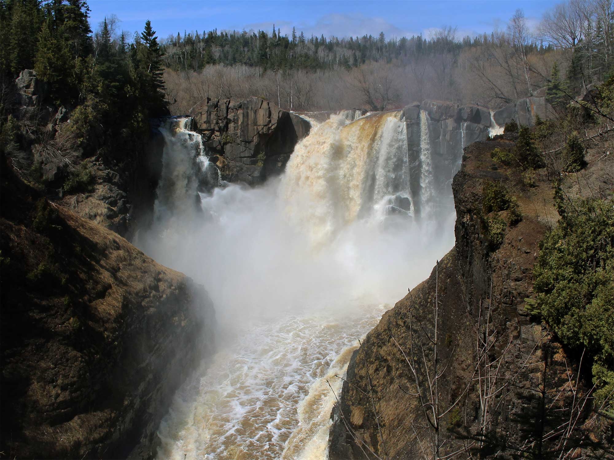 waterfalls of the pigeon river