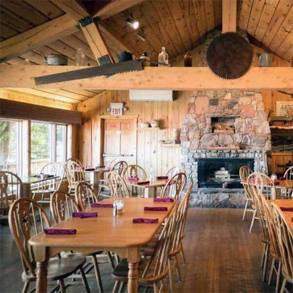 justines gunflint lodge dining