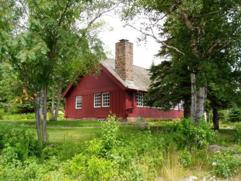 Annual Lundie Vacation Home Tour