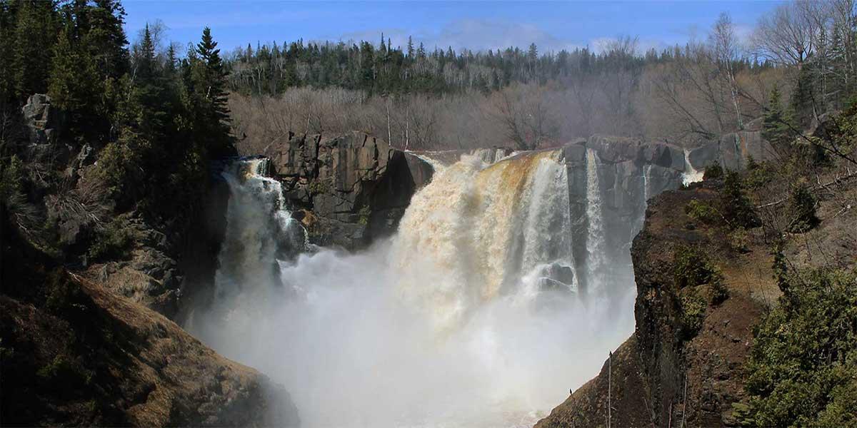 waterfalls north shore
