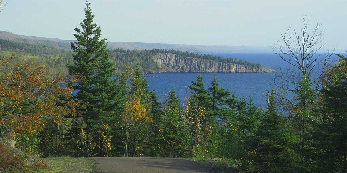 mile by mile north shore mnshovel point stretches into lake superior from atop palisade head