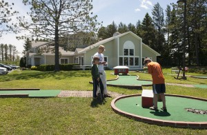 Country Inn Mini Golf