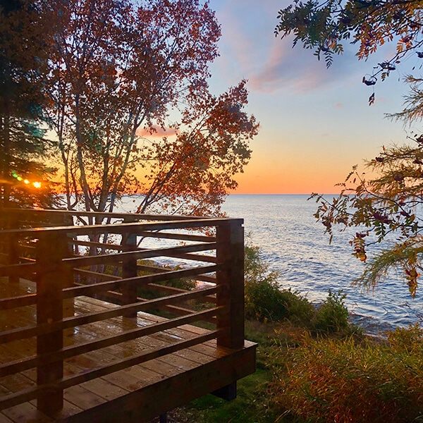 SweetWater Cottage on Lake Superior