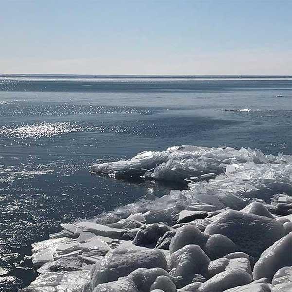 north shore winter lodging deals