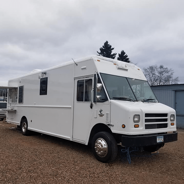 crooked spoon food truck downtown grand marais