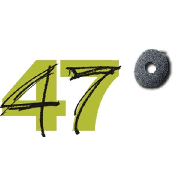 47 degrees text logo
