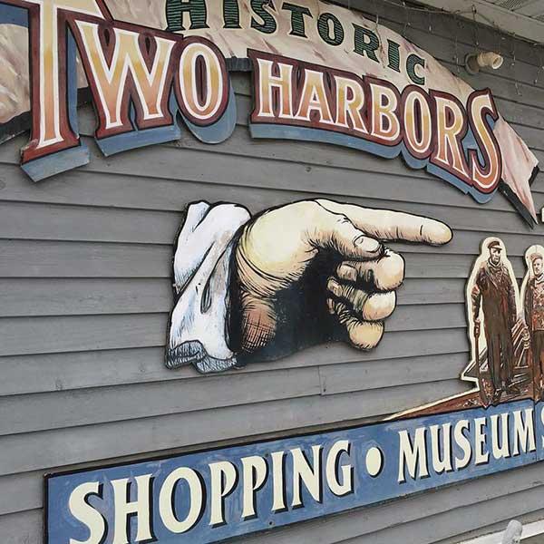 Two harbors liquor store