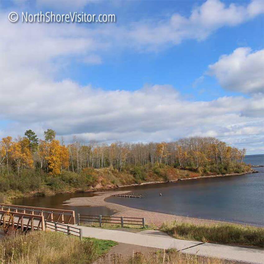 fall-colors-12oct-splitrock-river