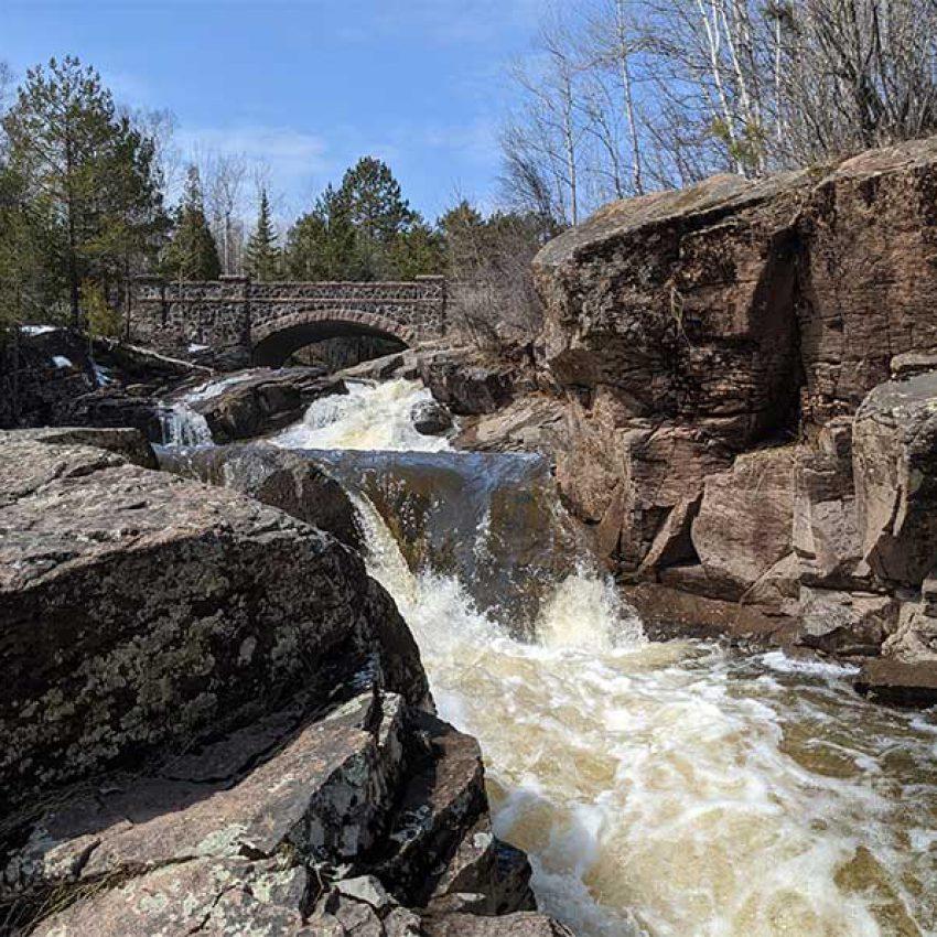 lester river waterfalls at stone seven bridges