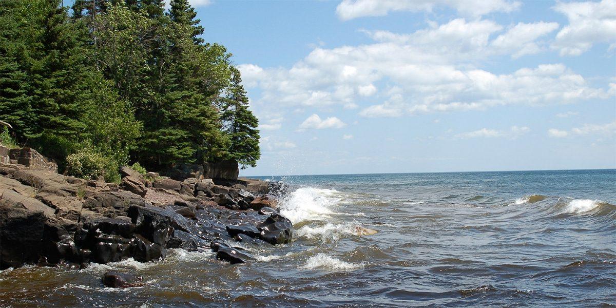 north shore lodging