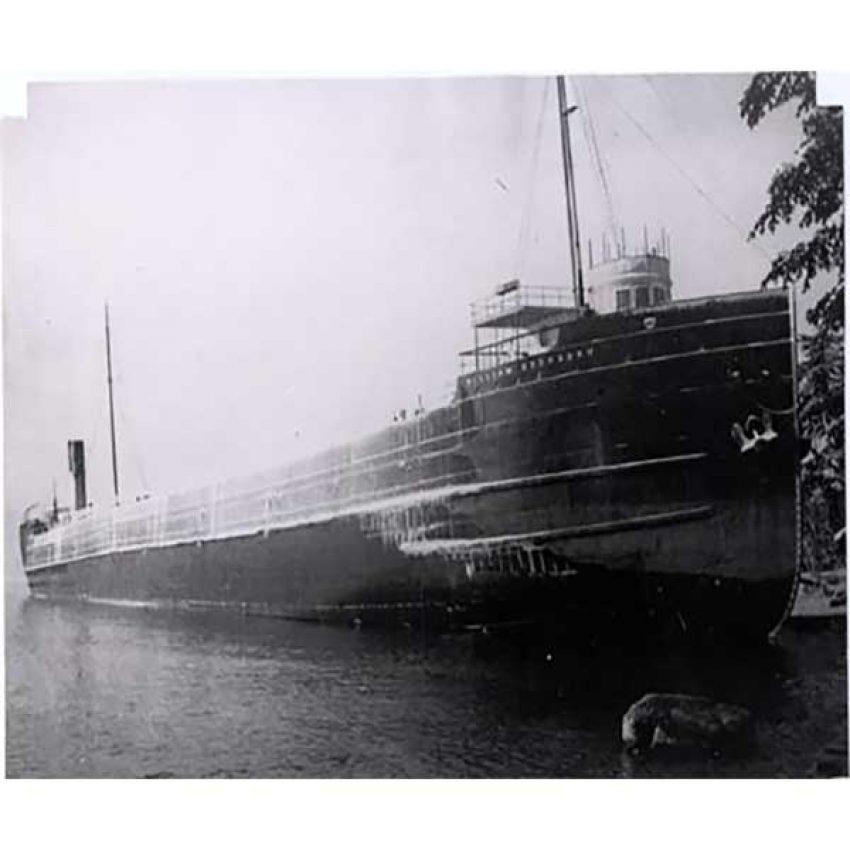 iron ore carrier william edenborn aground